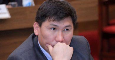 """Улукбек Кочкоров Эмгек жана социалдык өнүгүү министри:  """"Бизге демөөрчүлөрдөн көп жардамдар келет"""""""