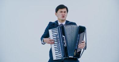 """Азамат Жоробаев, ырчы:  """"Жан дүйнөм назик болгону менен жүрүм-турумум андай эмес"""""""
